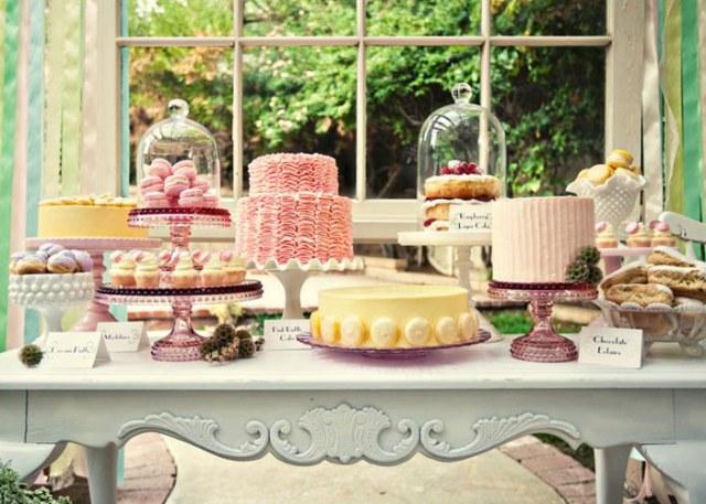 pretty cake pedestals