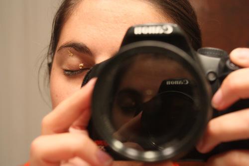 gold leaf on eye