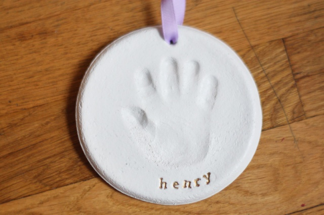 diy salt dough handprint ornament 1