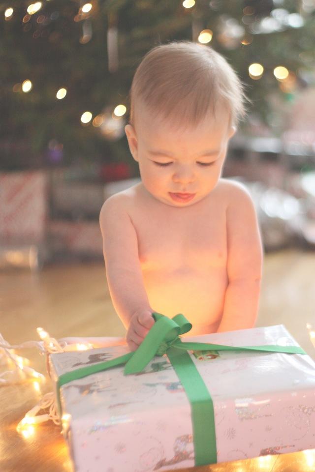 henry christmas lights 2