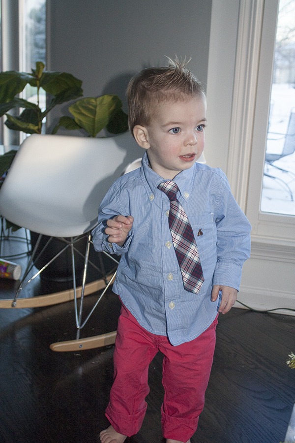 Henry christmas outfit